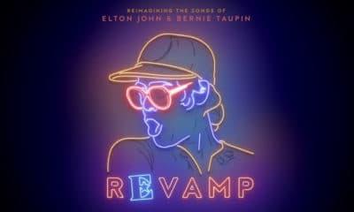 "Elton John de retour avec l'album ""Revamp"""