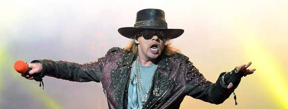 axl-rose-chanteur-acdc.jpg