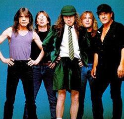 AC/DC <i>Shoot to thrill</i> 13