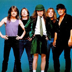 AC/DC <i>Shoot to thrill</i> 5