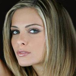 Clara Morgane de retour avec un nouveau single 5
