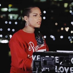 ALICIA KEYS We Are Here 5