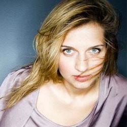 Amandine Bourgeois représentera la France à l'Eurovision 5