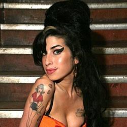 Amy Winehouse morte d'un abus d'alcool 5