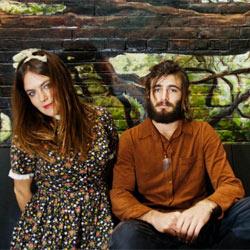 Angus & Julia Stone présentent leur nouveau clip 5
