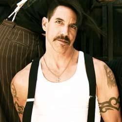 Un enfant sauvé de la mort par Anthony Kiedis 6