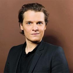 Laurent Mariotte reçoit Bénabar dans son émission 7