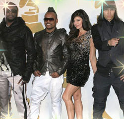 Les Black Eyed Peas remportent 2 Grammy Awards 13