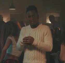 Cyril Hanouna s'invite dans le nouveau clip de Black M 9