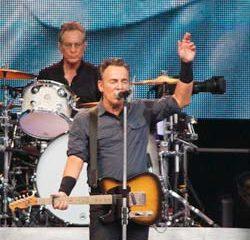 Bruce Springsteen très critique envers Donald Trump 10