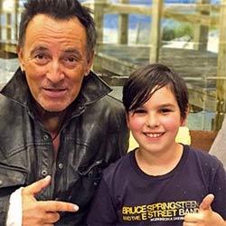 Bruce Springsteen vole à la rescousse d'un jeune garçon 5