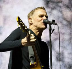 Bryan Adams en concert à Paris