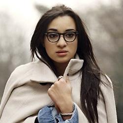 « Dans la peau » : le nouveau single de Camélia Jordana 5