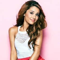 (Re)découvrez la carrière de la chanteuse Ariana Grande 7
