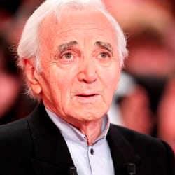 Charles Aznavour aura son étoile sur le Walk of Fame 6