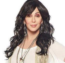 La chanteuse Cher dévastée par la mort du père de son fils 8