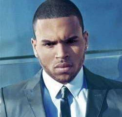 Chris Brown pète un plomb à Cannes 7
