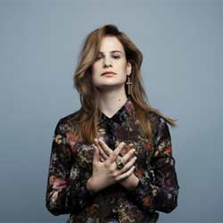 Nouvelle récompense pour Christine And The Queens 6