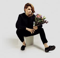 Christine and the Queens parodiée par Florence Foresti 13