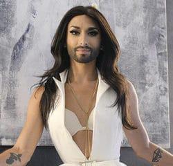 Conchita Wurst très religieux dans son nouveau clip 13