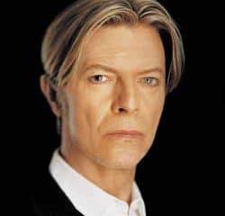 David Bowie recruté par Canal + 9