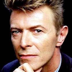 DAVID BOWIE The Stars (Are Out Tonight) 5
