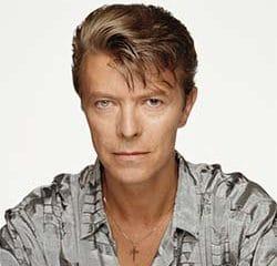 Des milliers de musiciens rendent hommage à David Bowie 5
