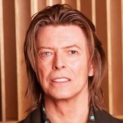 DAVID BOWIE Tis A Pity She Was A Whore 6