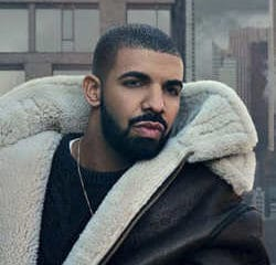 Une actrice porno affirme être enceinte de Drake 7