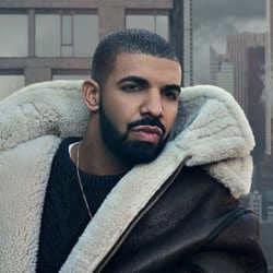 Une actrice porno affirme être enceinte de Drake 5