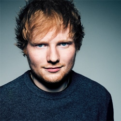 Ed Sheeran se prend un bide pour 2 dollars 5