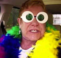 Elton John s'offre un karaoké de fou 15