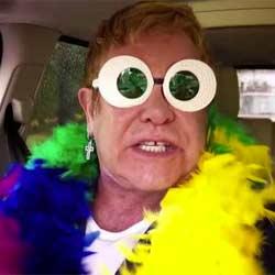 Elton John s'offre un karaoké de fou 5