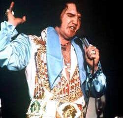 40 ans après sa mort, revivez le dernier concert d'Elvis Presley 5