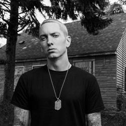 Eminem dévoile le clip de Headlights