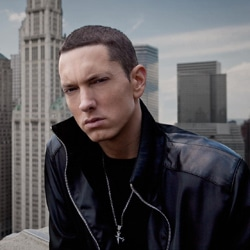 Eminem porte plainte contre Facebook 5