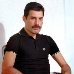 La tombe de Freddie Mercury retrouvée 5