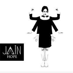 La chanteuse JAIN sort son premier EP 5
