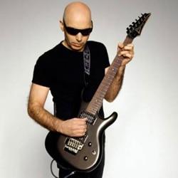 Joe Satriani en concert à l'Olympia 5