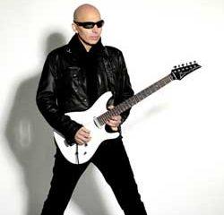 Joe Satriani offre sa tournée française en septembre 9