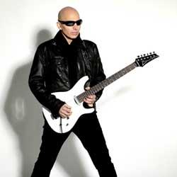 Joe Satriani offre sa tournée française en septembre 6