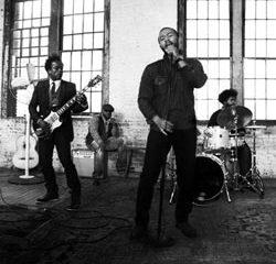 John Legend & The Roots <i>Wake Up</i> 11