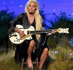 VIDEO : L'incroyable performance de Lady Gaga 9