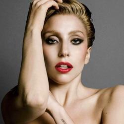 Lady Gaga Invitée du dîner de C à Vous ce soir 5