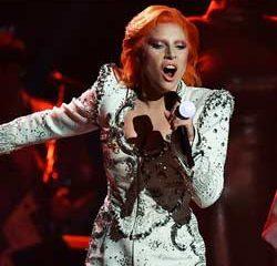 L'hommage de Lady Gaga à David Bowie 9