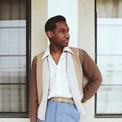 Leon Bridges sort son premier album 7