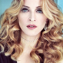 Madonna sortira un album en mars 2012 5