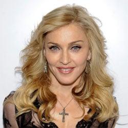 Madonna annule les premières dates de sa tournée 5