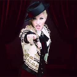 Madonna en larmes à son concert 5