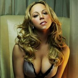 Mariah Carey de retour avec un album historique 7